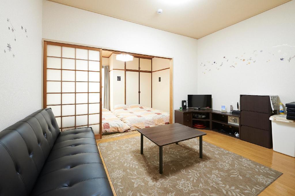 OSAKA JUSO APARTMENT[KITAGAWA BUILDING 402] 画像1